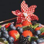 """Owoce jagodowe – """"must have"""" w letnim jadłospisie"""